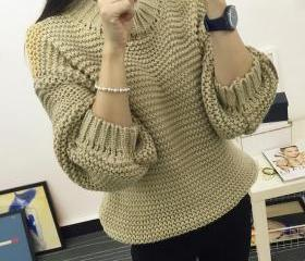 Round Neck Long Sleeve Loosely Contracted Fashion Knitting A Sweater